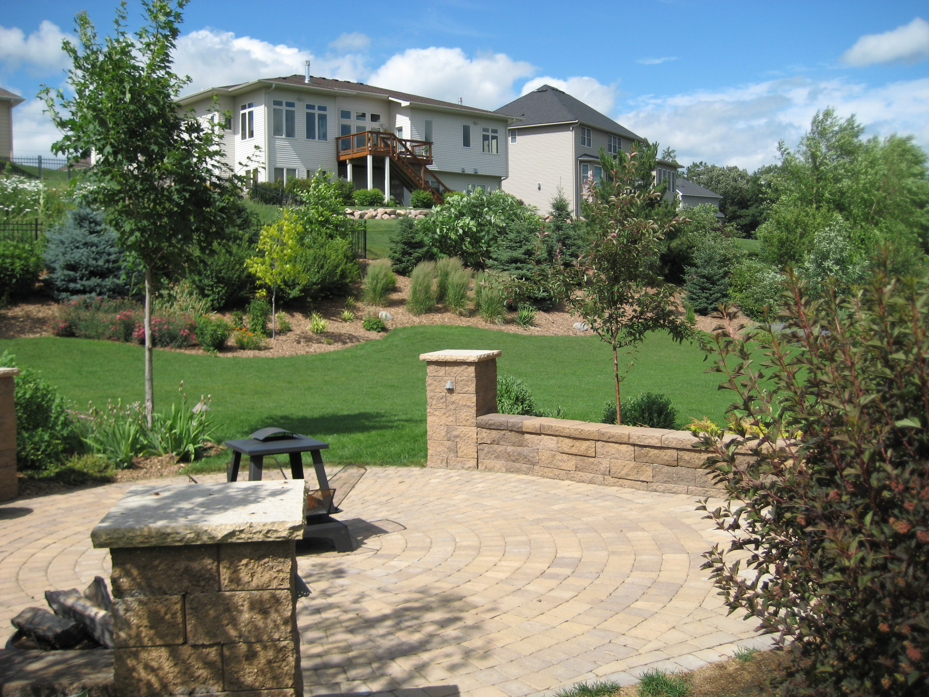 Ecoscapes Sustainable Landscaping Landscape Design Build Contractor Serving Minneapolis St Paul Twin Cities Metro
